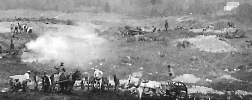 Close Up May 15, 1895 - Facing North