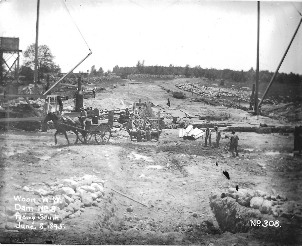 June 8, 1895 - Facing South